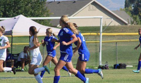 Girls' Soccer keeps positive attitude despite tough season